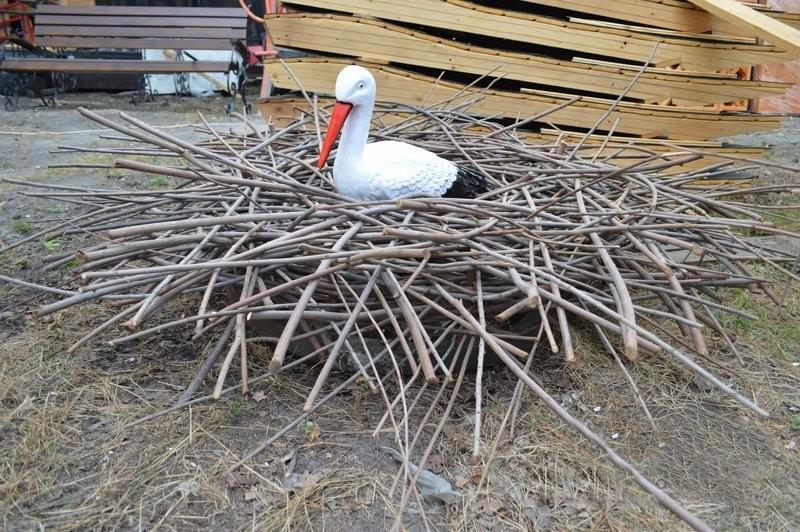 Как сделать гнездо аиста из веток 278