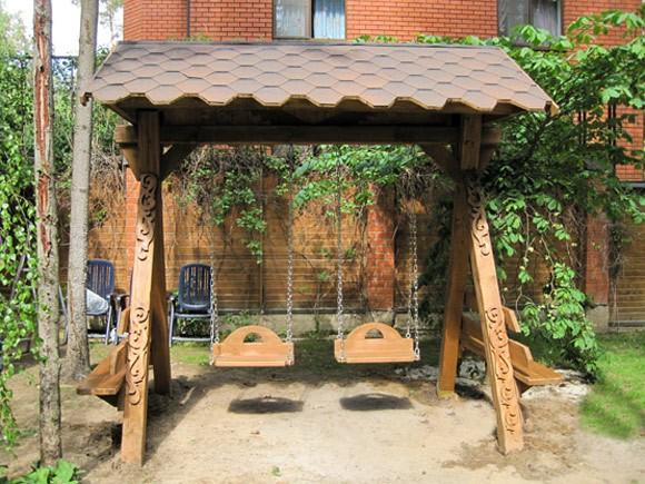 Качели деревянные