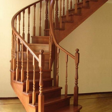 Лестницы деревянные